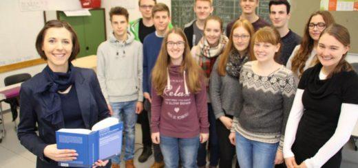 Uplandschule Willingen Vortrag Uni Kassel Dr. Jennifer Schluer